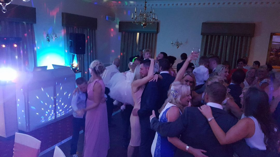 Wedding Celebrations: Farrington Lodge Hotel, Leyland